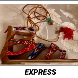 EXPRESS• LEATHER BOHO FEATHER COIN GLADIATOR